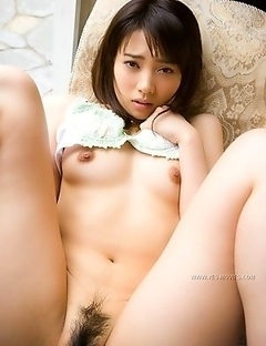 Refresh your excitement enjoying hot pics of Haruka Itoh
