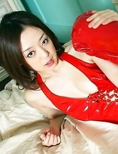 Big red boots and latex is what Rina Yuki really enjoys