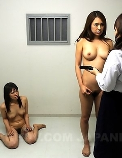 Kinky prison guard gets eliminated
