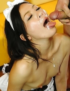 Mai Mizusawa in food fetish sex